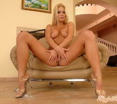 Adriana Malkova Playing with her pussy - Playful Hands 14