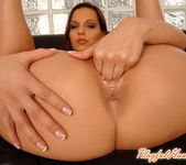 Eve Angel Playing with herself - Playful Hands 16