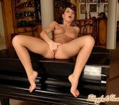 Florina Rose Playing - Playful Hands 15