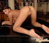 Florina Rose Playing - Playful Hands 18