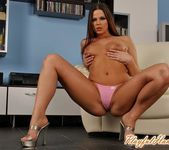 Simony Diamond Playing - Playful Hands 4