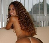Fernanda Playing with herself - Playful Hands 20
