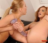 Nikky Thorne & Alice King - Lesbian Fisting 15