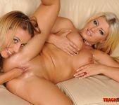 Nikky Thorne & Amanda Black Fisting Lesbians 16