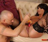 Nelly Sullivan & Bijou - Teach Me Fisting 11