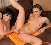 Ladonna & Chanel Fisting Girls - Teach Me Fisting 14