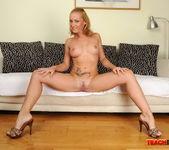 Kathia Nobili - Teach Me Fisting 2