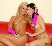 Aleksandra Black & Sindy Love Fisting Girls 10