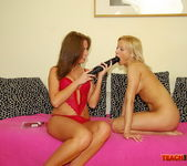 Kissy & Ginna Brigitta Fisting Girls - Teach Me Fisting 5