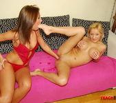 Kissy & Ginna Brigitta Fisting Girls - Teach Me Fisting 15