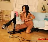 Larissa Dee - Teach Me Fisting 5