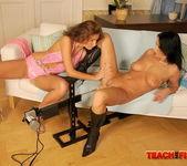Larissa Dee - Teach Me Fisting 9