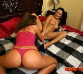 Kissy & Katarina Sidney Girl on Girl Fisting 19
