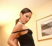Amber Rayne - Teach Me Fisting 4