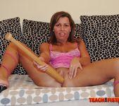 Violetta - Teach Me Fisting 9