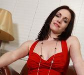 Thimble Tukk - Lady In Red 7