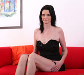 Laura Dark - Toy Joy - Anilos 2