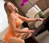 Amber Michaels - Mature And Frisky 5
