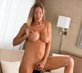 Amber Michaels - Mature And Frisky 17