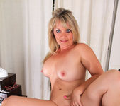 Bobbie Jones - Big Tit Boss Lady 20