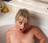 Bobbie Jones - She Likes Toys 9
