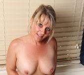 Bobbie Jones - She Likes Toys 13