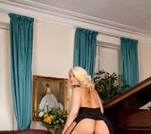 Olivia Jayne - Busty Blonde 3
