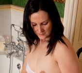 Emily Marshall - Soapy Tits 3