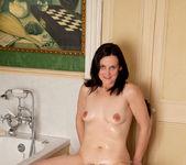 Emily Marshall - Soapy Tits 12
