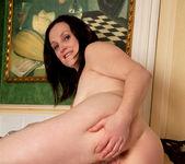 Emily Marshall - Soapy Tits 14