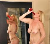 Dawn Jilling - She Likes Toys 10