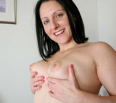 Amber Lustfull - Toy Gets Her Really Wet 7