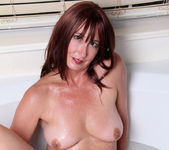 Lily - Water Stimulation - Anilos 14