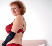 Naomi Xxx - Busty Old Lady 2