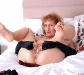 Naomi Xxx - Busty Old Lady 18