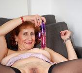 Naomi Xxx - Playful Housewife 21