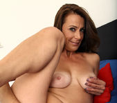 Mimi Moore - Mature And Sexy 15