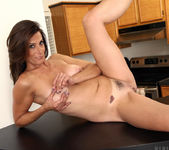 Mimi Moore - Spread On The Counter 12