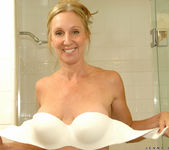 Jenna Covelli - Toys In Her Shower 3