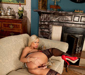 Anna Joy - Double End Glass Dildo 20