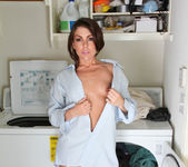 Annabelle Genovisi - Laundry Day Playtime 8