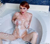 Holly Jane - Glass Toy - Anilos 5