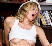 Mary Jane - Pussy Drill - Anilos 25