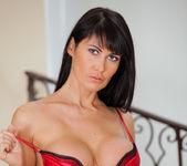 Eva Karera - Couch Pussy - Anilos 9