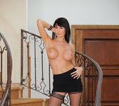 Eva Karera - Couch Pussy - Anilos 12