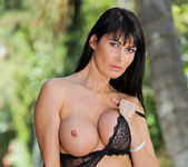 Eva Karera - Outdoor Play - Anilos 10