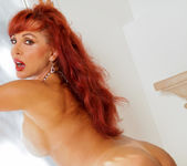 Vanessa Bella - Glass Toy - Anilos 6