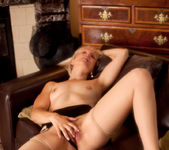 Penny - Couch Rub - Anilos 9