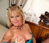 Cathy Oakely - Couch Rub - Anilos 15