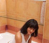 Chelsea - Bathtub Rub - Anilos 5